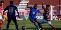 Cruzeiro empata com Vila Nova, completa um mês sem vitória e se mantém na degola