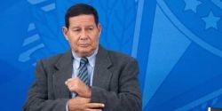 'Tudo bandido', diz Mourão ao ser questionado sobre mortes pela polícia em Jacarezinho